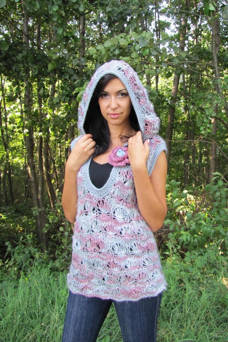 لباس کوتاه با زبر هود بزرگی در خاکستری ، صورتی -- لفاف هدیه رایگان