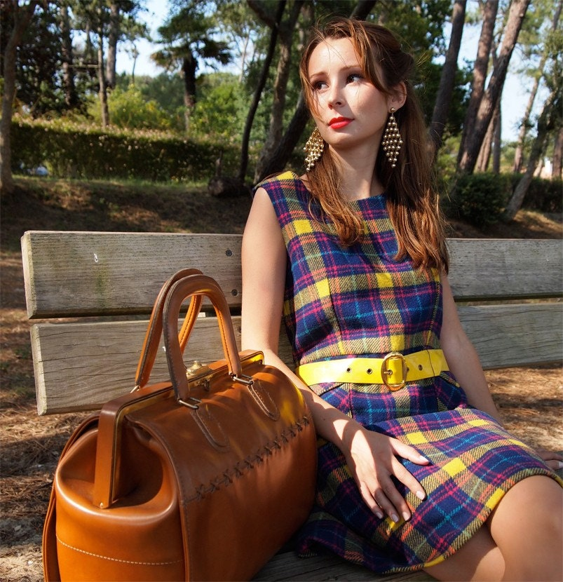 CLARA, FRENCH VINTAGE 1960S WOOL PLAID MINI DRESS PINAFORE WITH PATENT YELLOW BELT