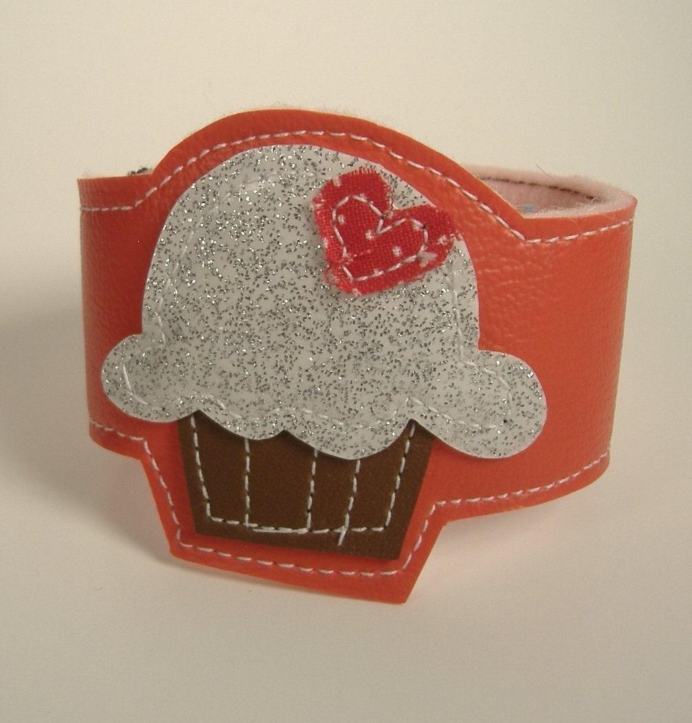 Cupcake Cuff