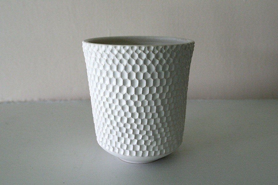 """Matte White Stoneware Vessel Carved with Intricate Texture / Hand Thrown and Carved Art Piece / """"TIKI"""" - LeiliDesign"""