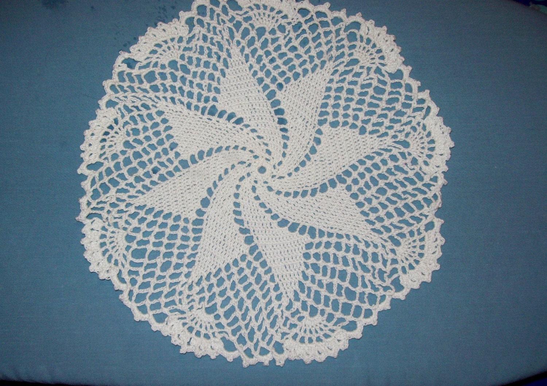 Pinwheel Doily - amydscrochet