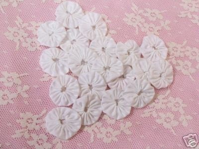 Yo Yo-Yo Quilt Scrapbook Applique Embellishment Fabric WEDDING WHITE Bride Trim 36