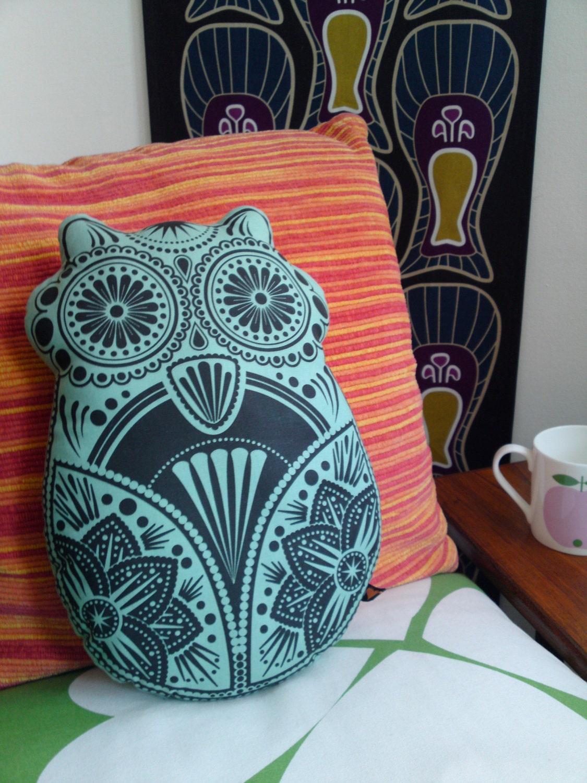 Sugar Owl Pillow - Large Green