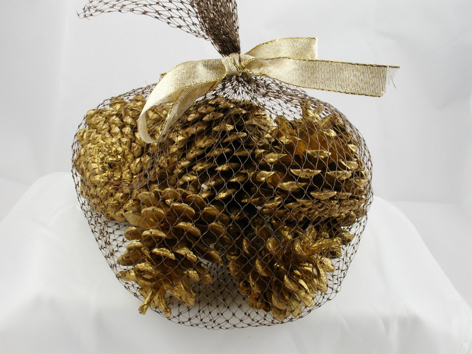 Christmas Golden Pinecone