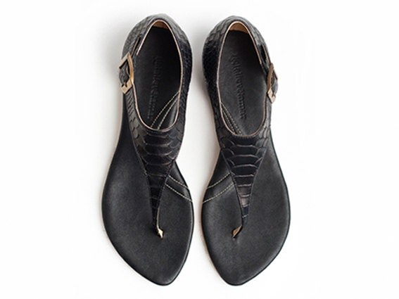 40% OFF Danna Black Flat Sandals - TamarShalem