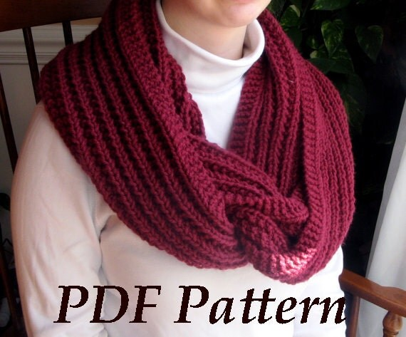 Items similar to Thick and Chunky Ribbed Cowl, Infinity Scarf, Beginner Knitt...