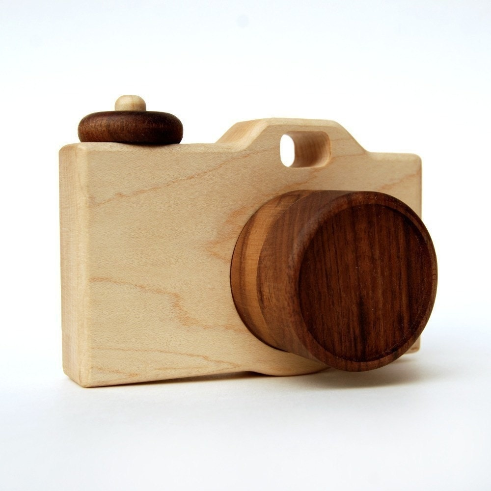 organic CAMERA - natural wooden imagination toy