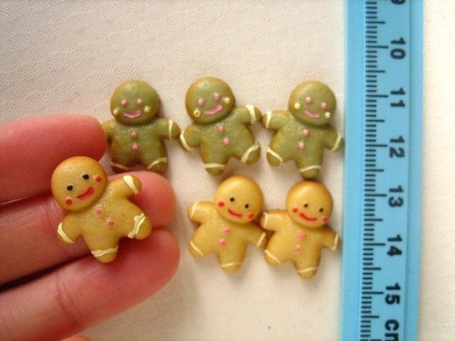 miniature gingerbread men
