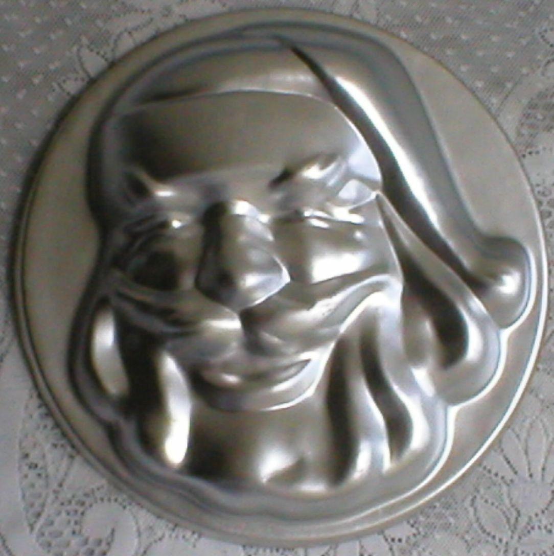 Santa Face Cake Pan