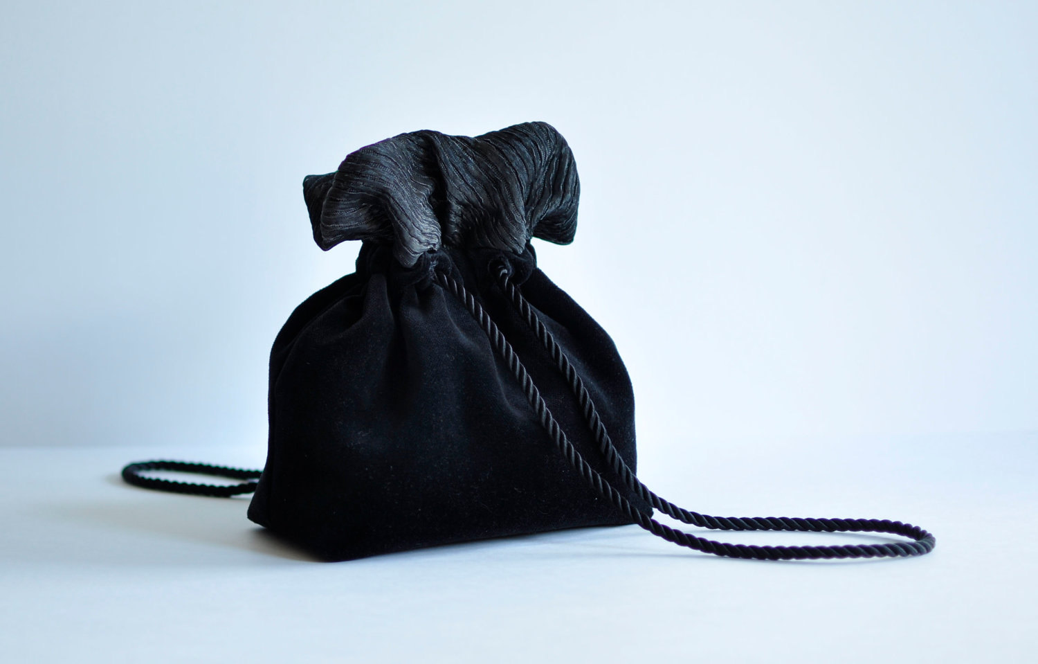 Evening Purse. Little Black Velvet Festive Wristlet. Made to order. - OseArt