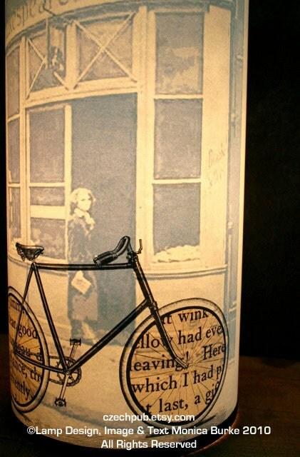 Призрак лампы Sylvia Beach напечатана на переработанной бумаге с архивными чернилами