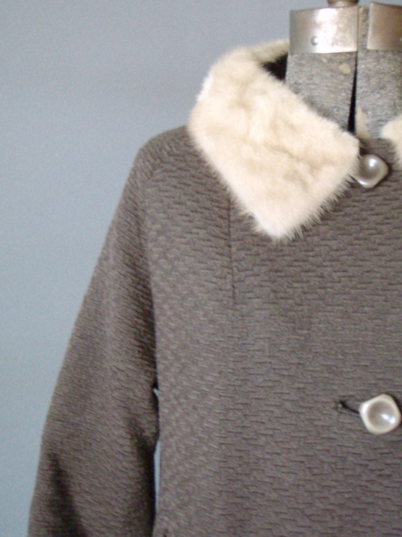 Vintage BROWN BOUCLE WOOL coat cream mink fur collar sz LG/XLG