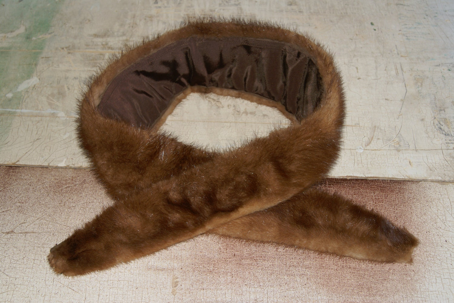 Vintage Faux Fur Collar Mink Fashion 1940s Wardrobe Accessory