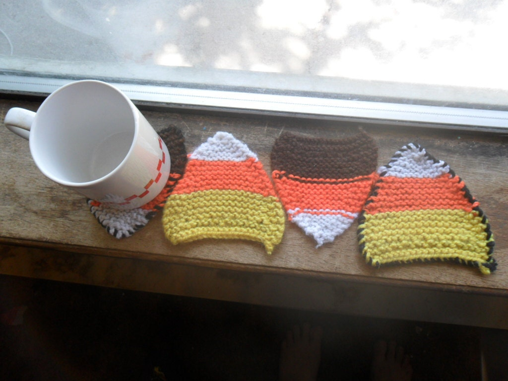 Candy corn coasters (4)