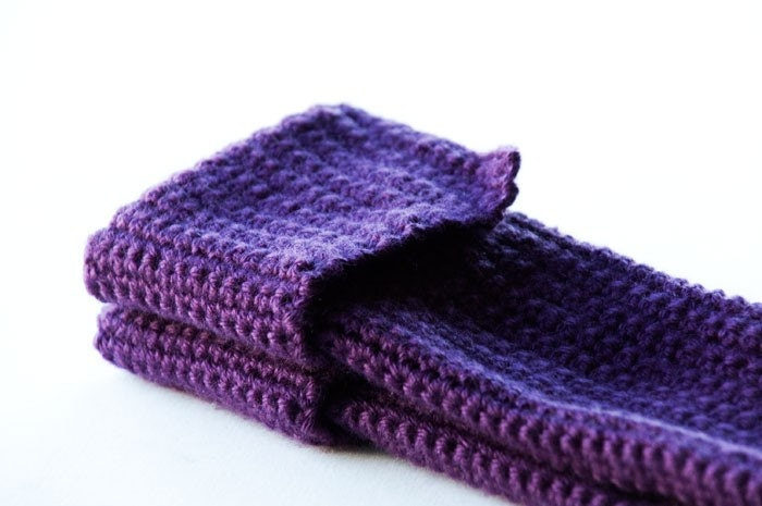 wrist gloves- purple