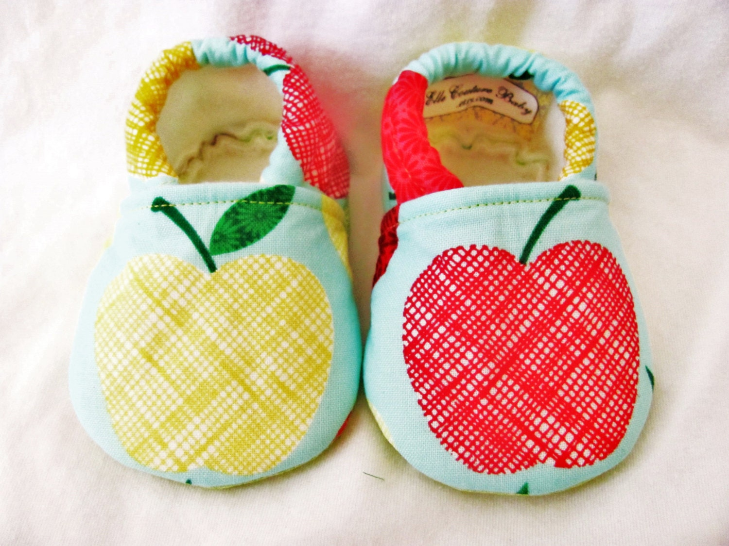 Apple Baby Booties, Girl Baby Shoes, Cloth Baby Shoes, Elastic baby Shoes - ElleCoutureBaby