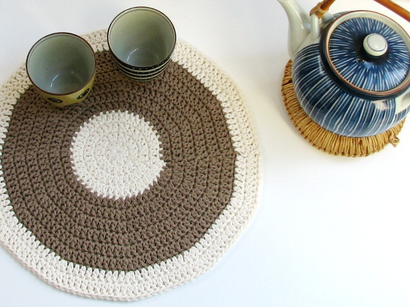 SALE CIJ - 30% OFF - Muted green placemat - Hemp series Woodland green and cream white color - eco friendly - theYarnKitchen