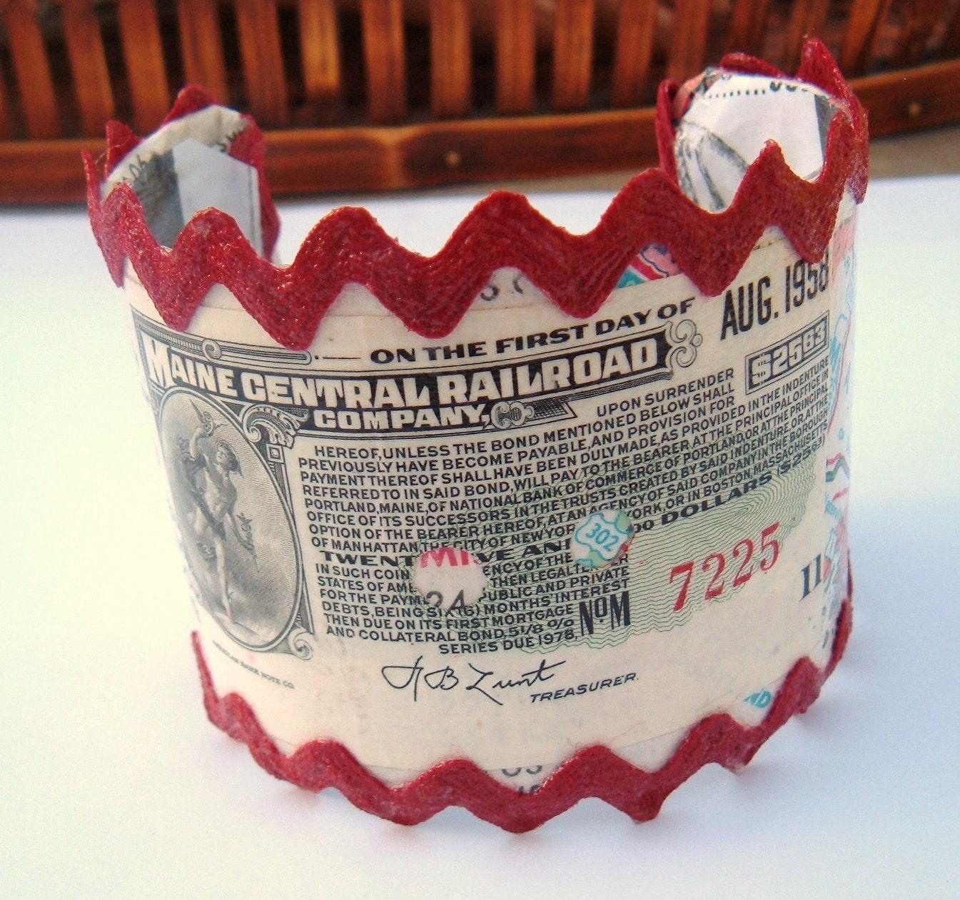 American Bank Note Decoupage cuff Bracelet OOAK Vintage Maine Central Railroad