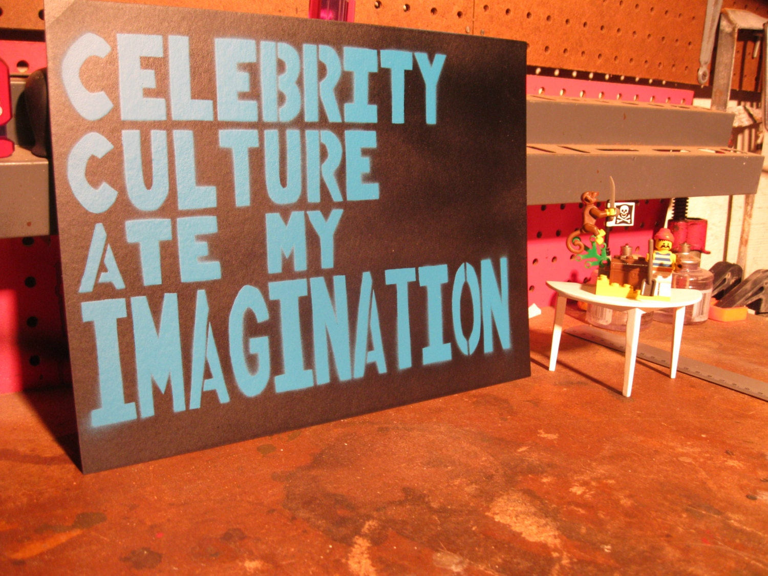 ... Paper arts, Symbolism, Paper, Canvas, Culture, Pop Culture / celebrity