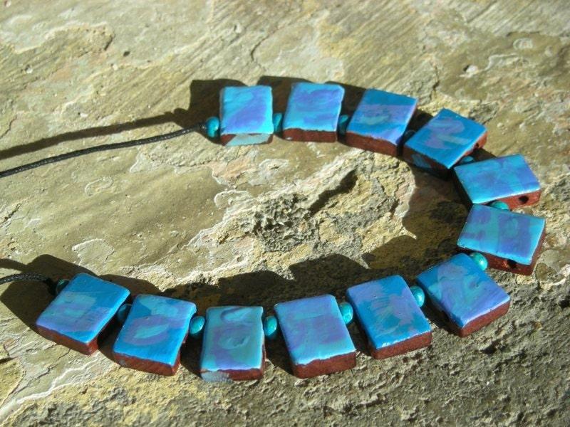 QUEEN островов Handpainted Вуд искусства Ожерелье - Избранные на EtsyLUSH