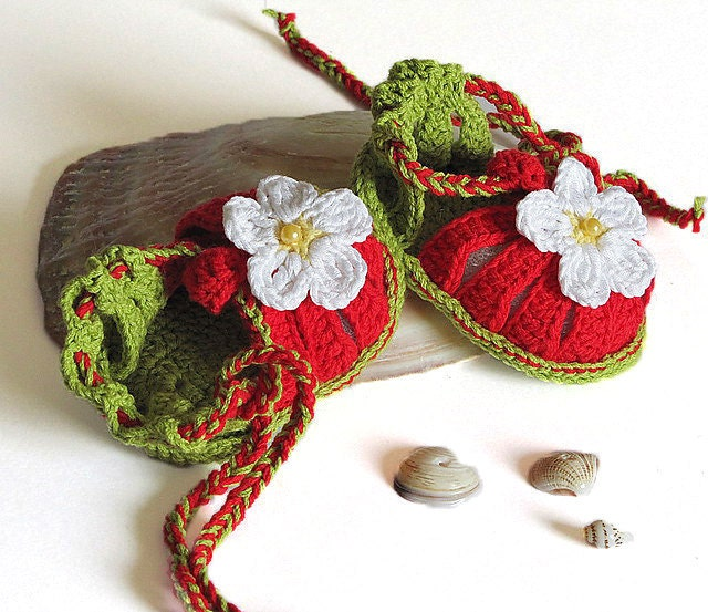 "Baby summer sandals ""Red Strawberry"", crocheted / 0-3M"