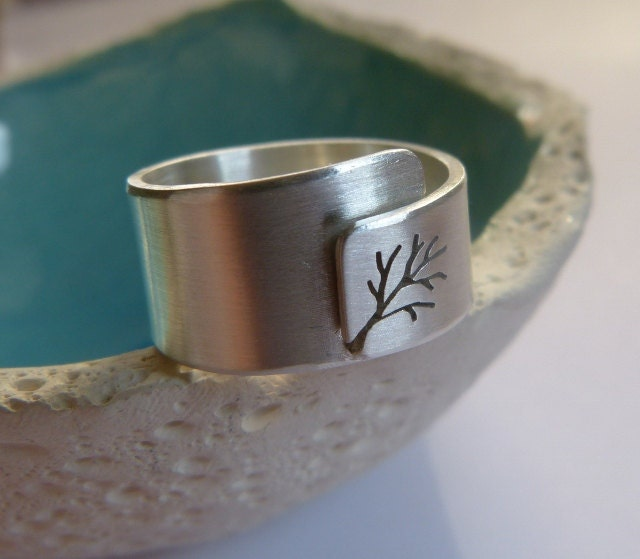 Adjustable tree ring, Sterling silver ring, wide band ring, metalwork jewelry - Mirma