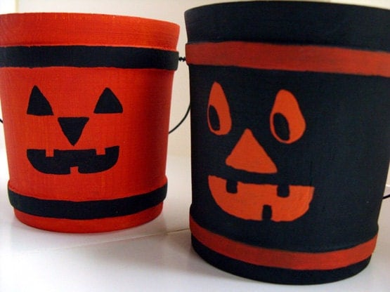Black Bucket & Pumpkin Orange Bucket - Halloween decor, candy holder, autumn decor, Halloween party, candy holders, wood buckets, set of 2 - DabHands
