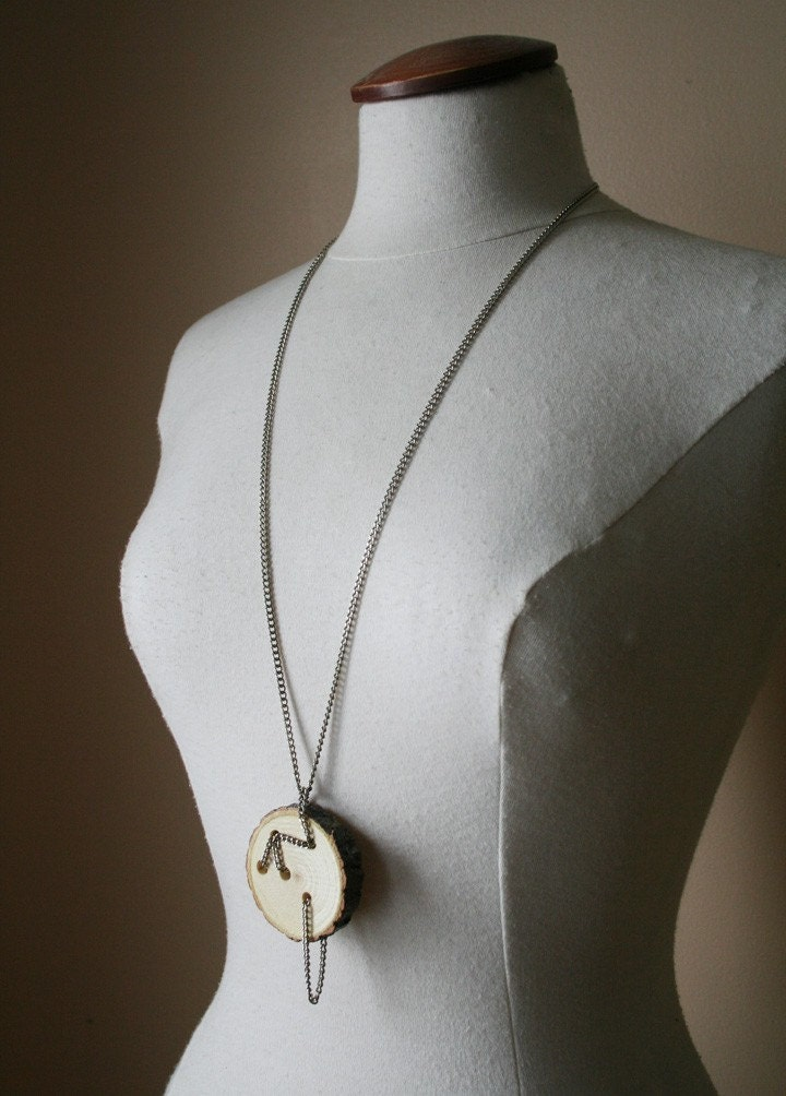 Buttoned - Necklace - 19