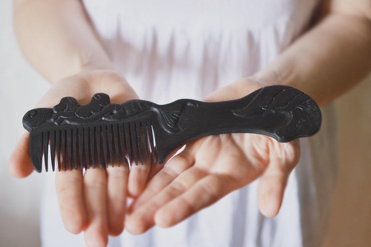 Treasure from the sea elves - ebony wood black hair comb