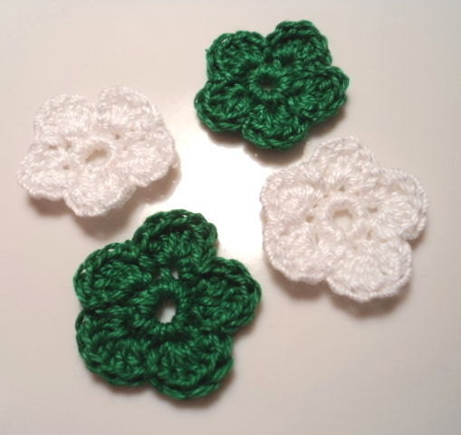 Christmas Crochet 5 petal Flowers in Green and White