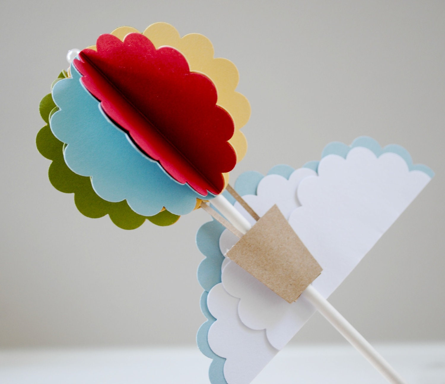 Hot air balloon cake topper by PaperPolaroid on Etsy