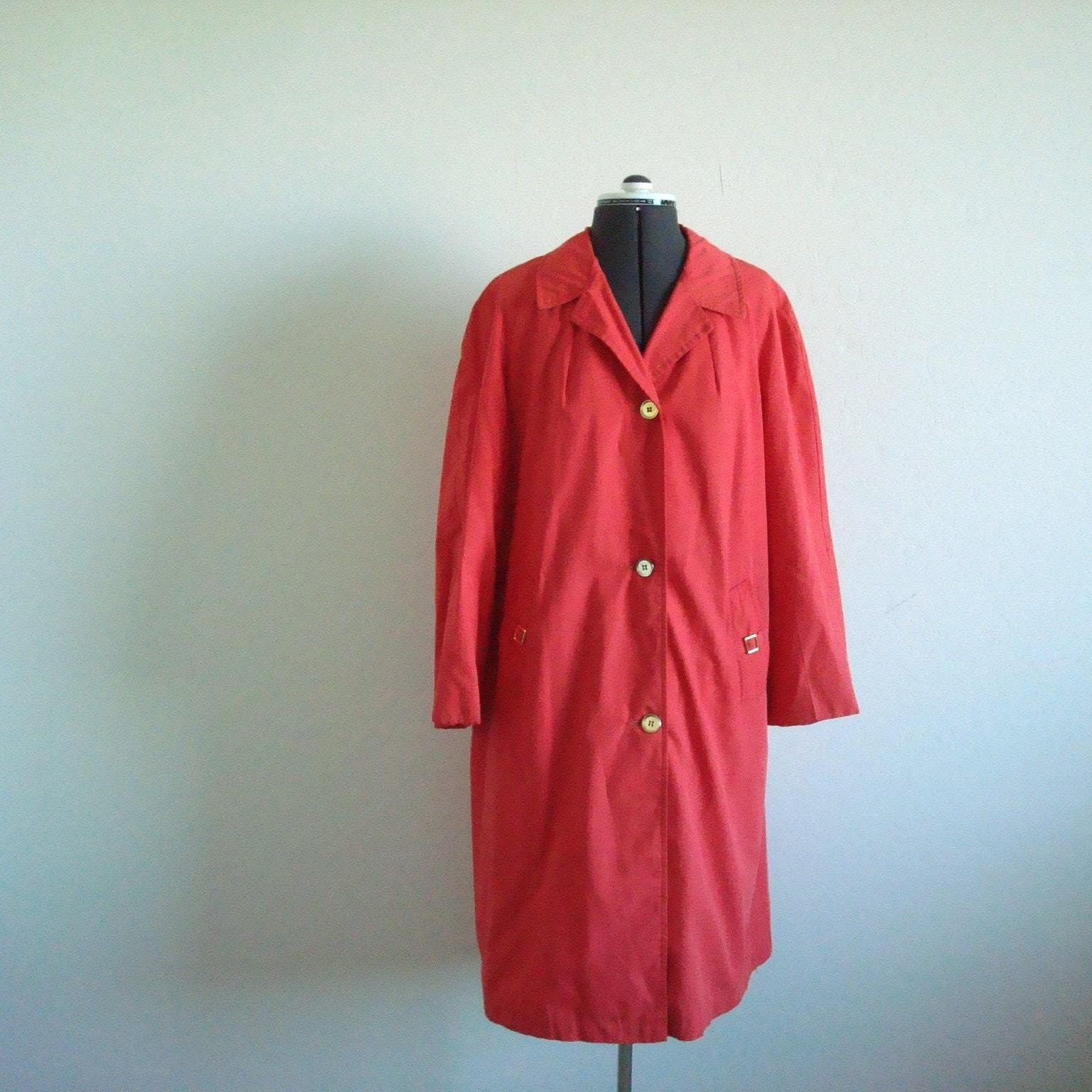 Vintage CORAL Light Overcoat