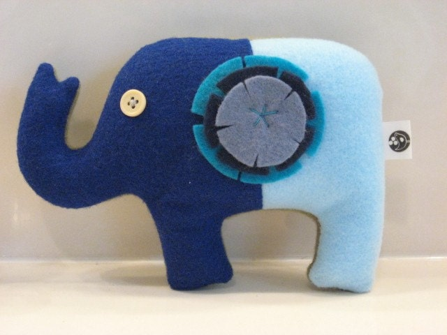 Sweet Elephant Tooth Fairy Pillow (Blue-Turquoise)
