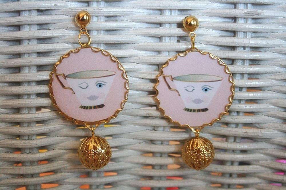 Alice in Wonderland tea cups earrings