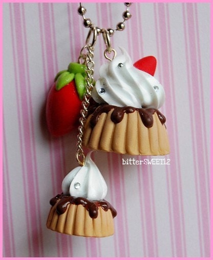 Sweet Pudding Necklace