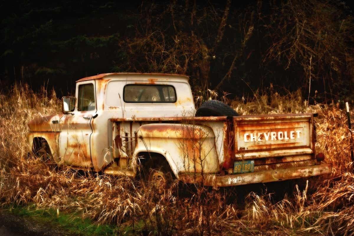 Old Rusty Truck... Rusty