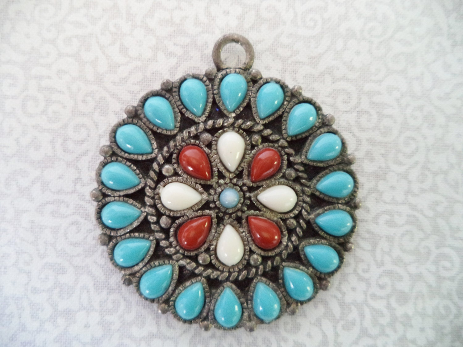 Vintage flower pendant/ faux turquoise and silver tone/ Native American inspired round pendant - BohoRain