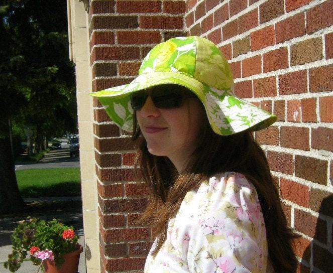 Super Jenny Love You Need this Hat in yellow green and white floral