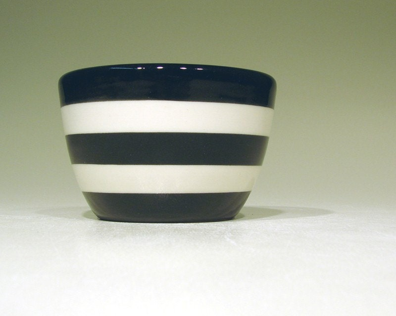 9oz bowl striped (b/w)