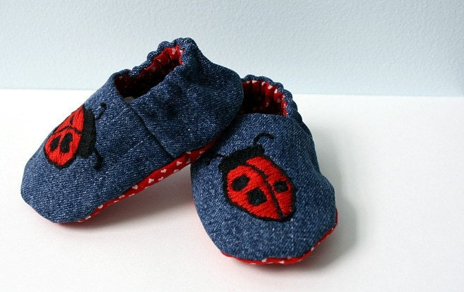Cute Feet - Ladybug Reversible Baby Shoes