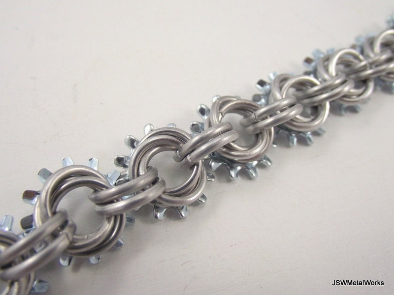 Steampunk Mobius Aluminum Bracelet, Chainmail Bracelet, Chainmaille - JSWMetalWorks