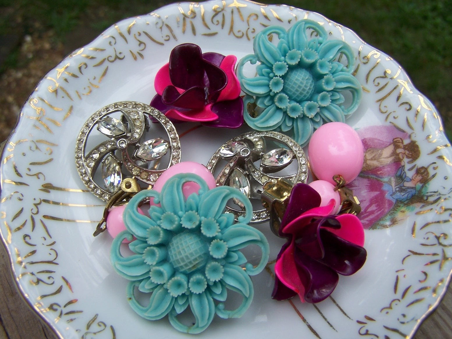 Vintage Earring Destash - 4 Lovely Pair