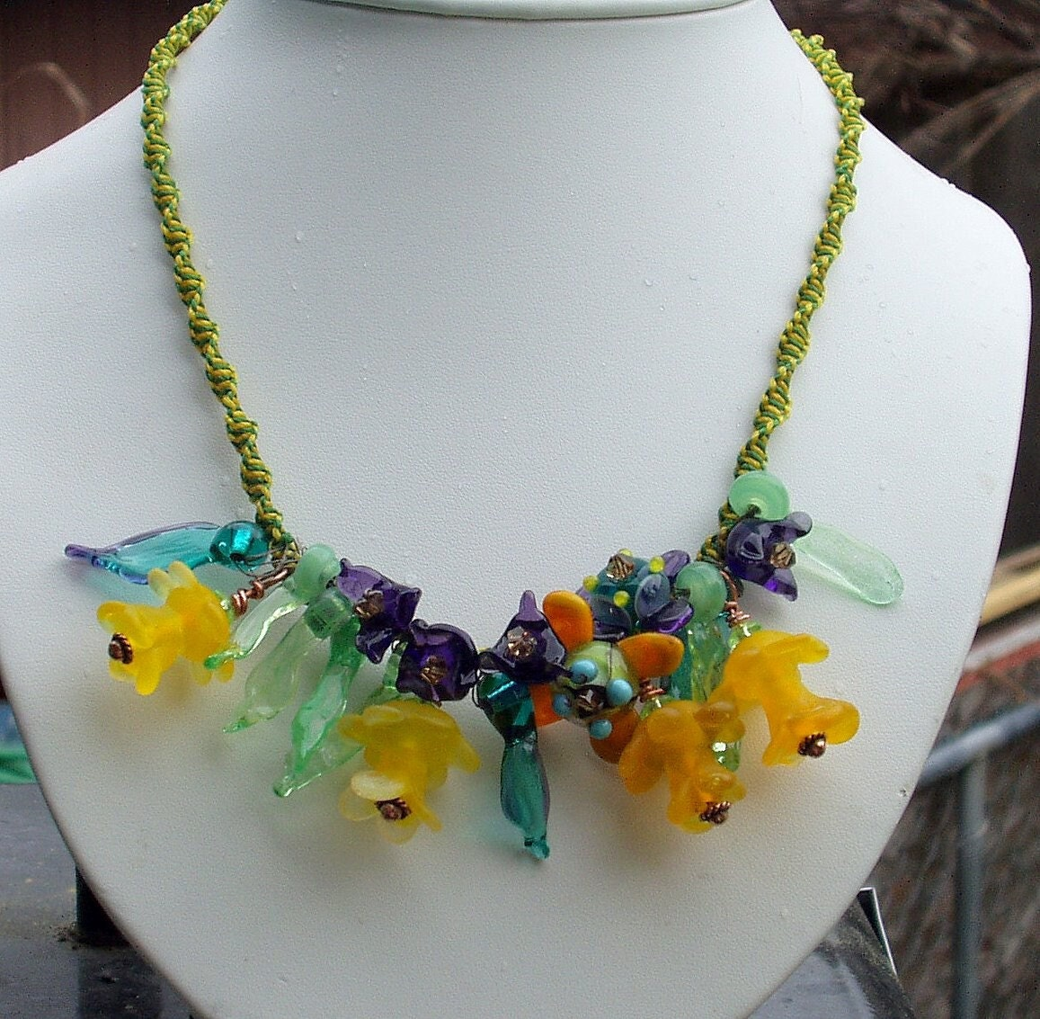 Incredible daffodil necklace CGGE EtsyBEAD Team SRA 4WC