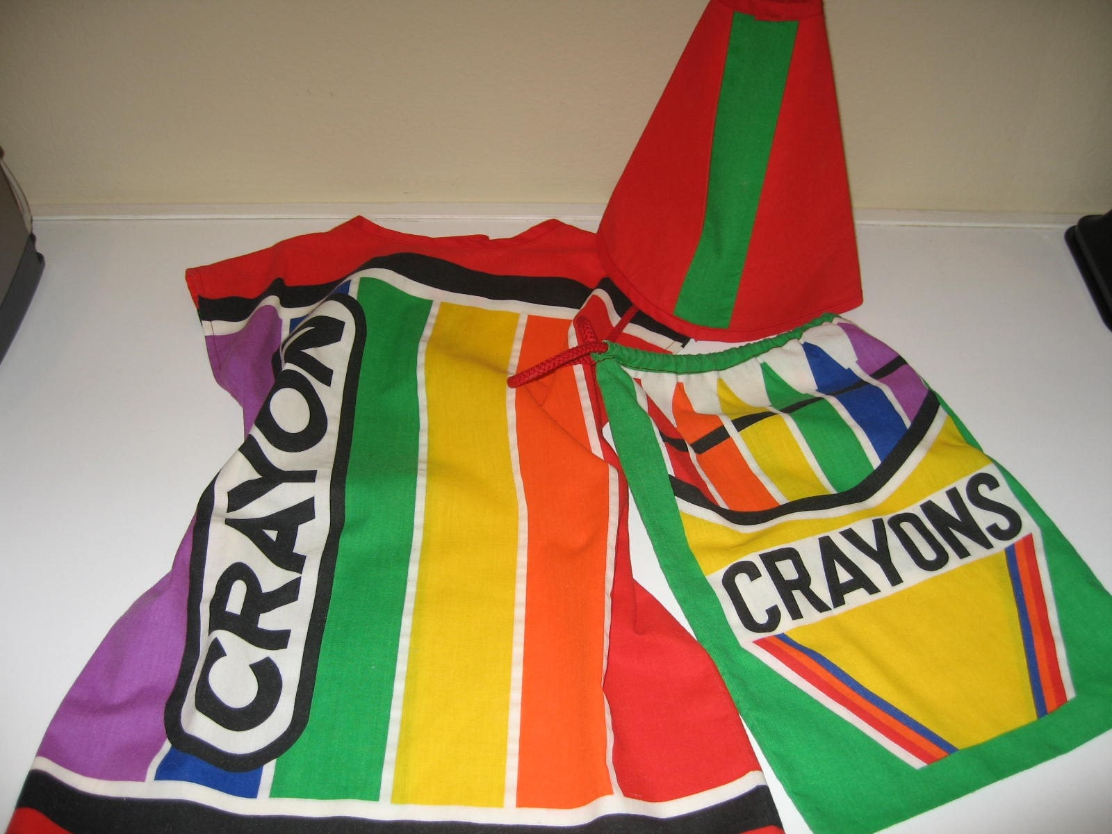 70's Crayola Childs Costume with bag and hat Adorable Halloween Outfit Dress Up