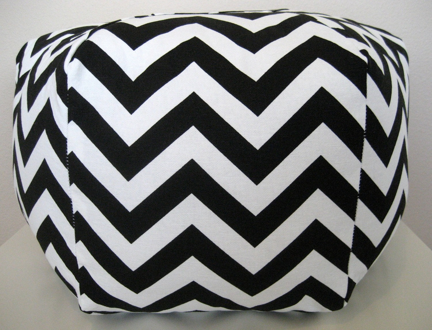 "18"" Ottoman Pouf Floor Pillow black white zig zag chevron"