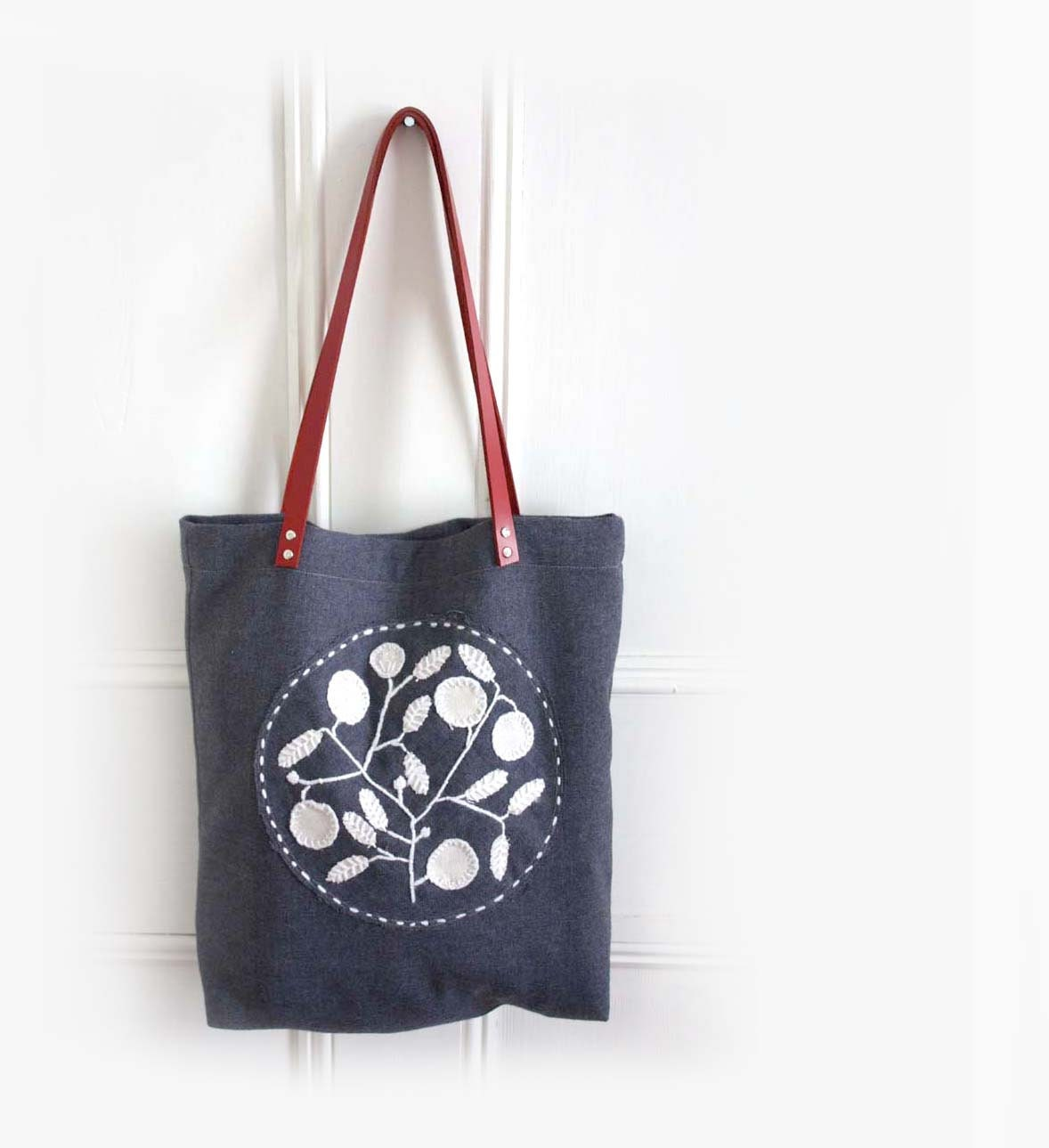 Stockholm By Night Hand Embroidered Bag. Recycled Grey Vintage Wool. Leather Handles. - ProjectSarafan