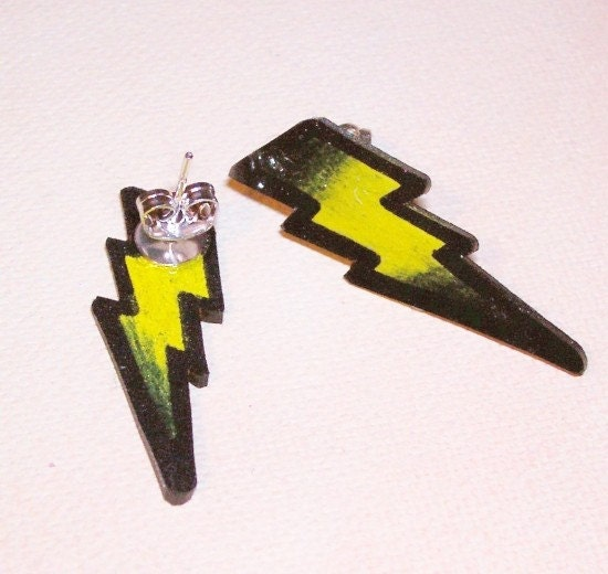 petite yellow lightning bolt stud