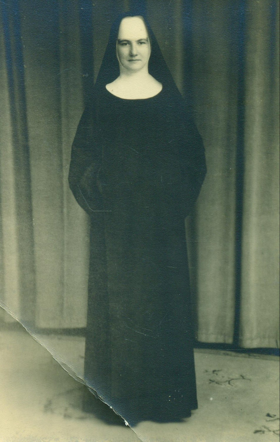 Catholic nuns dress http www etsy com listing 125610808 catholic nun