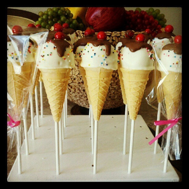 Ice Cream Cake Pops - maecakepops