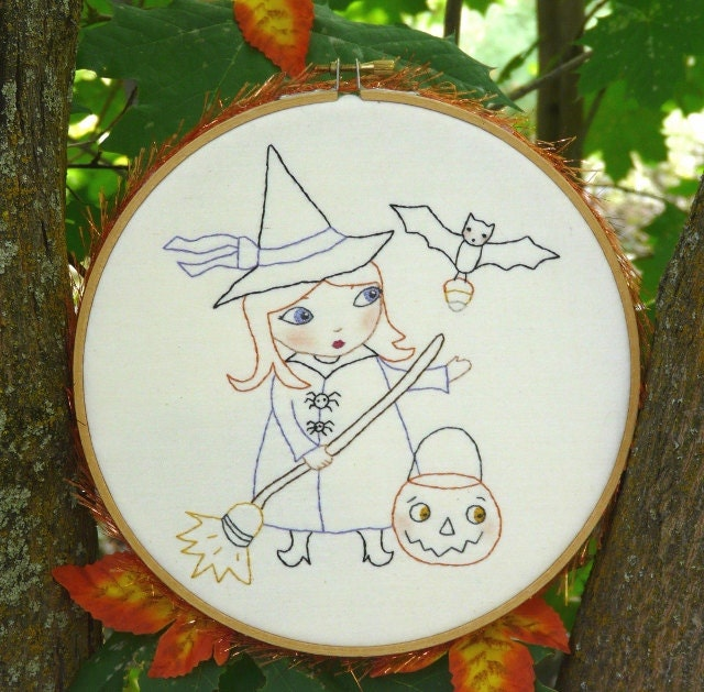 New Halloween WITCH Stitchery embroidery hoop E Pattern - 2012 trick or treat email Pdf  pumpkin bat